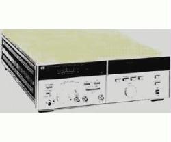 HP/AGILENT 8672A SIGNAL GENERATOR, SYNTH., 2-18 GHZ